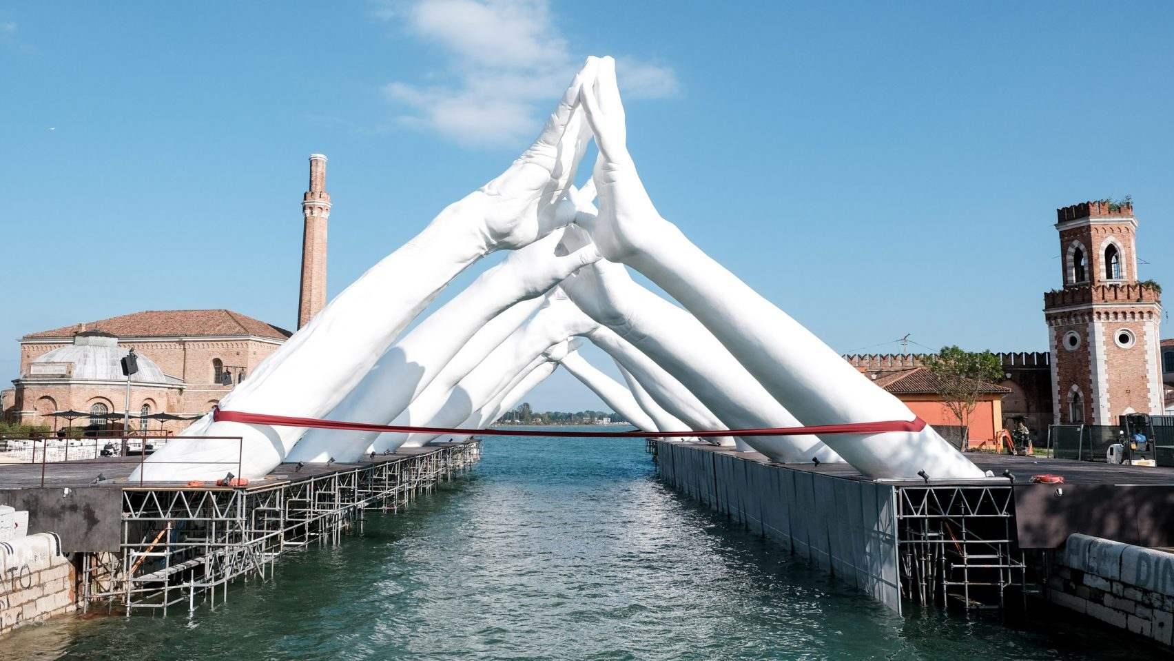 Building brigdes Venice - Gallery
