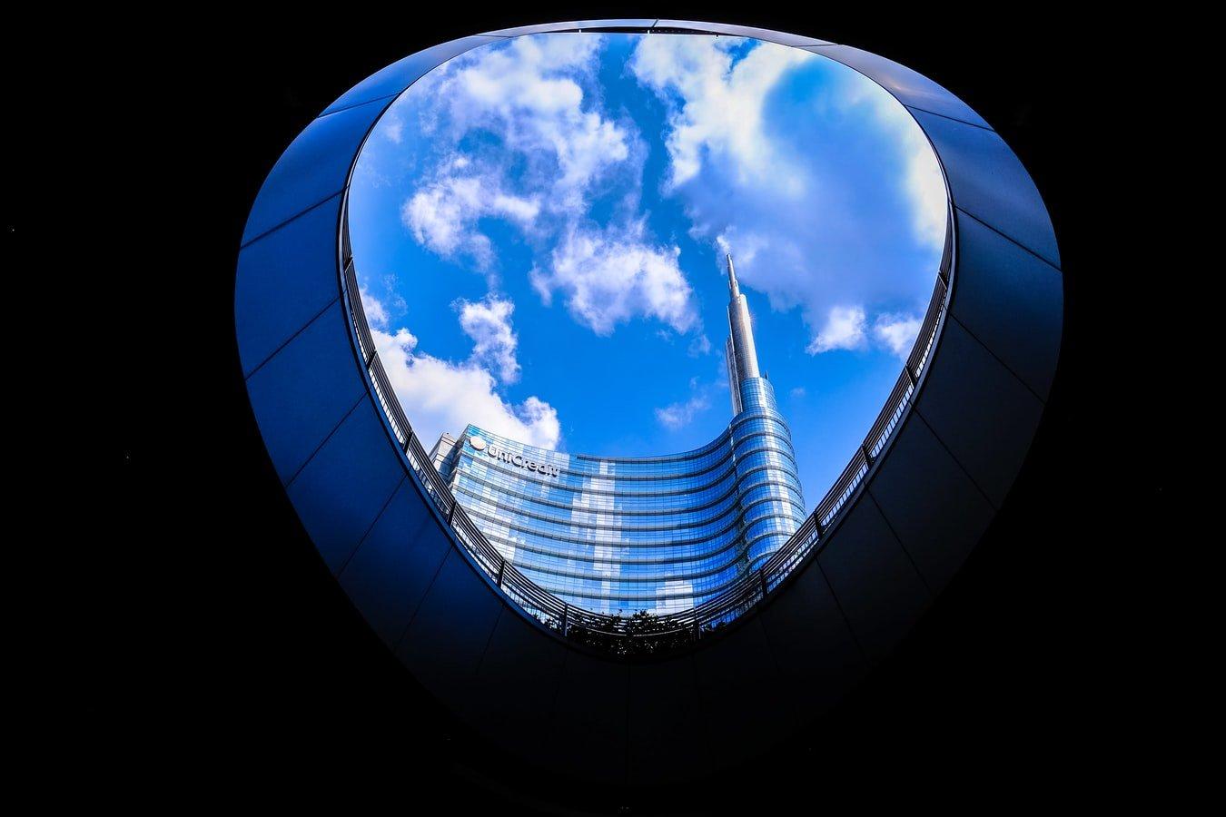 Uni building Milano