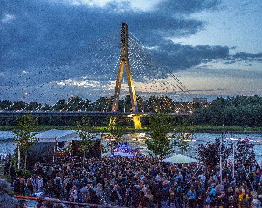 Warszawa_Vistula_Boulevards
